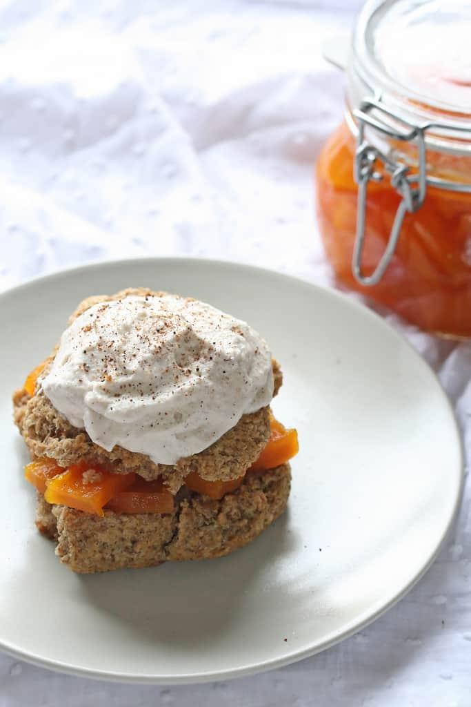 Foodie Fights – Bulghur Shortcakes w/ Pumpkin Preserves