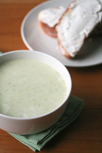 Chill Out – Cream of Asparagus Soup