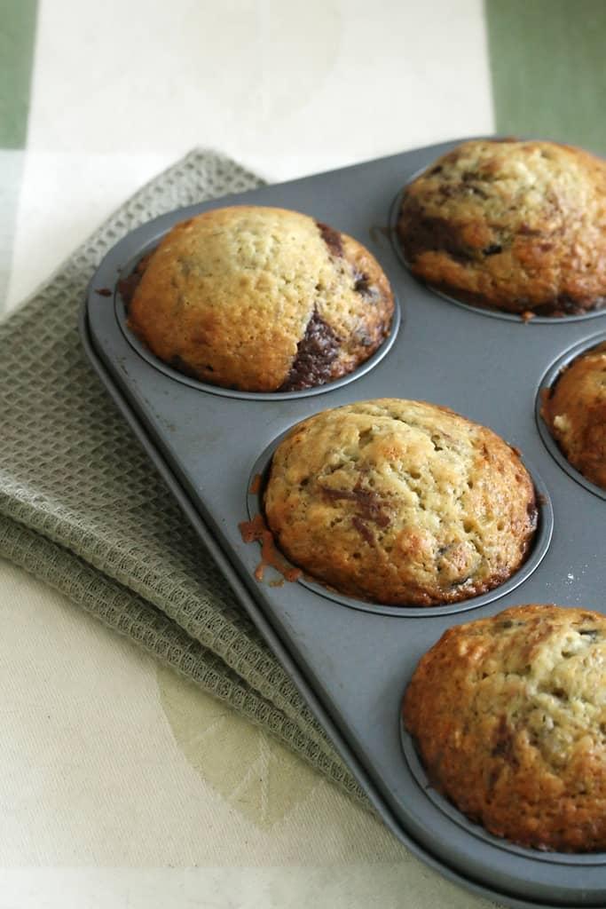Good Mornings – Marbled Choco-Banana Muffins