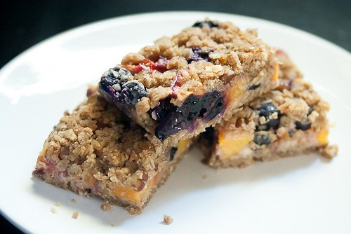So Long, Summer: Blueberry Peach Oat Crumble Bars