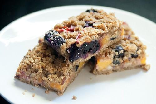 So Long, Summer: Blueberry Peach Oat Crumble Bars