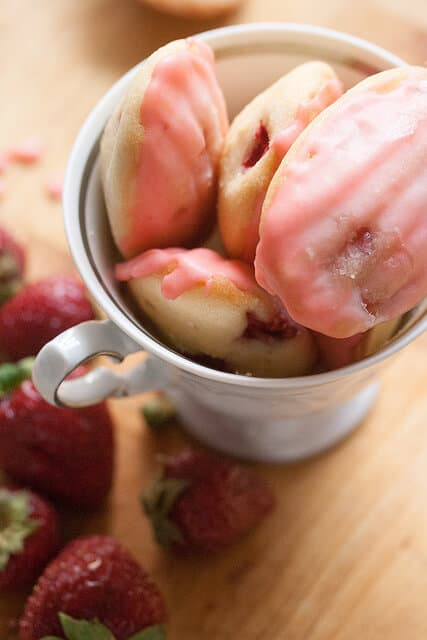 Strawberry Lemonade Madeleines
