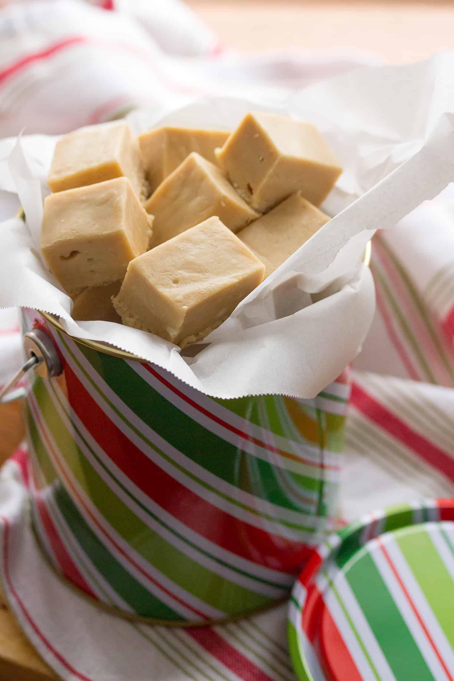 5-Minute Cookie Butter Fudge