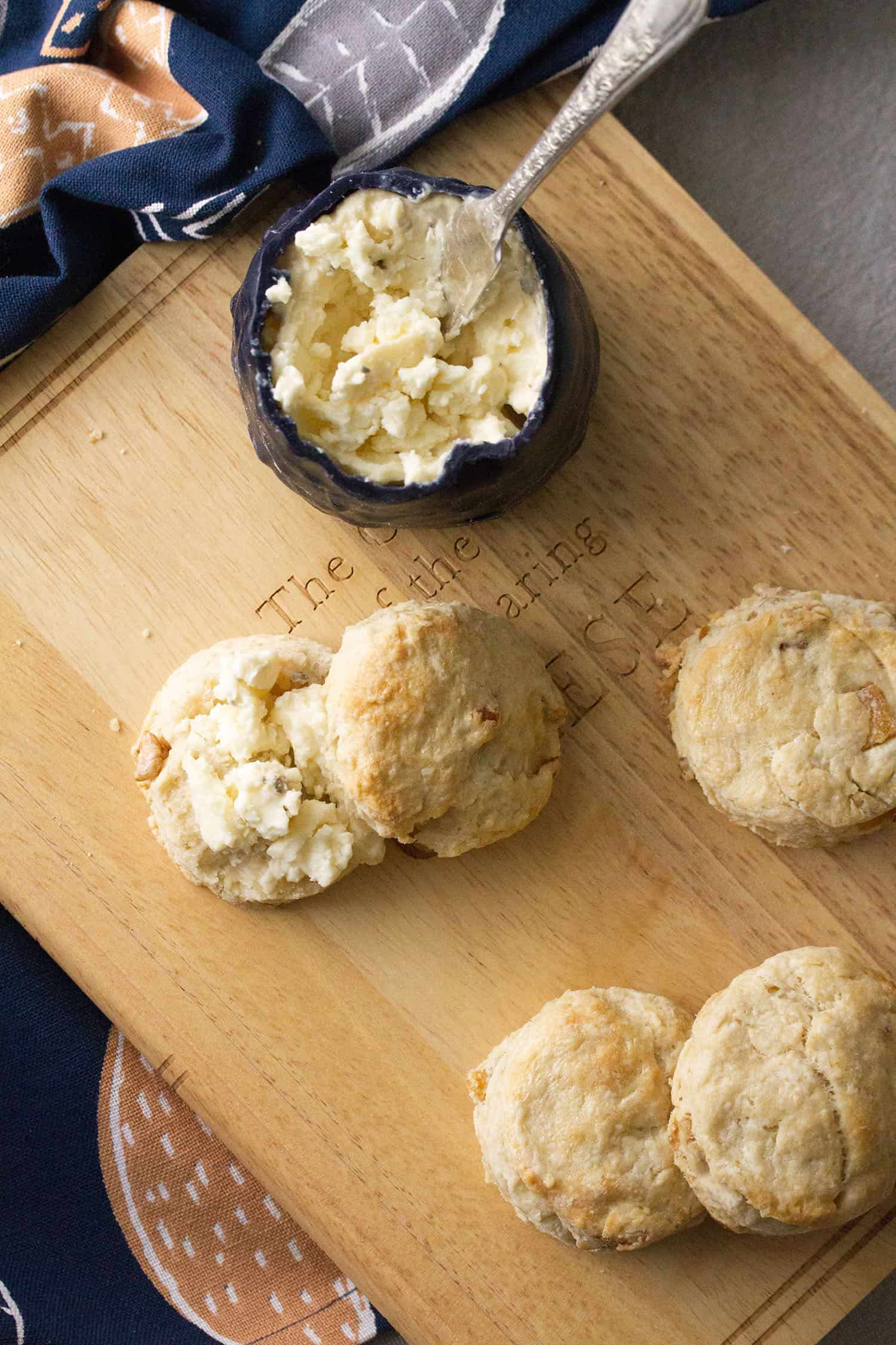 Feeling Blue: Pear-Walnut Scones